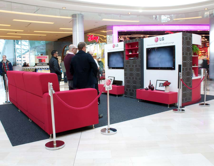 lg experiential stand in westfield