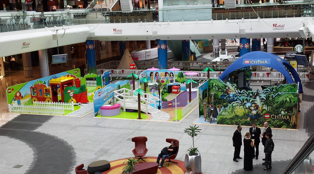 lego experiential builds at westfield, london